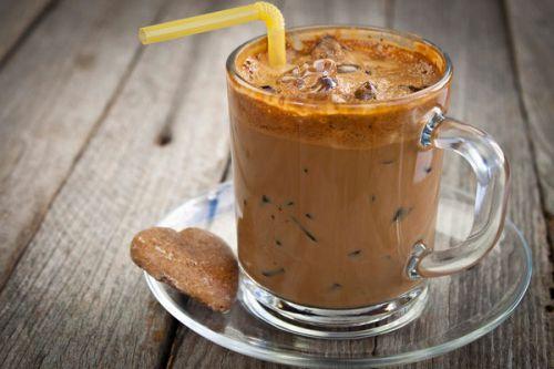 Айс-кофе с корицей