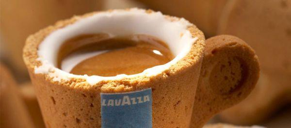 Кофе в съедобной чашке