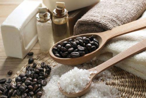 Кофейные зерна и морская соль