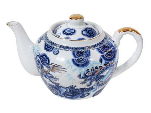 Фаянсовый чайник