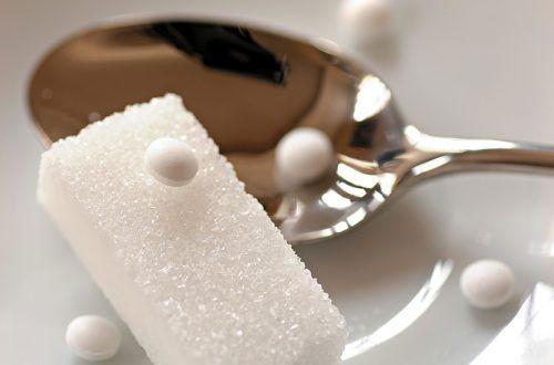 Сахар и его заменитель