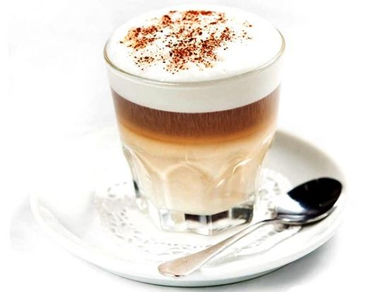 чашка кофе Makиaтo