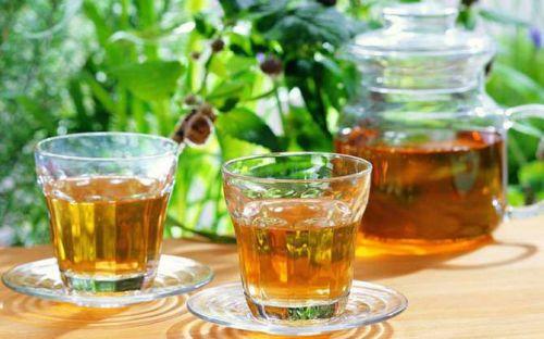 Чай в стаканах