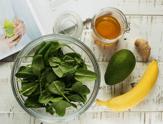 Шпинат, банан, авокадо