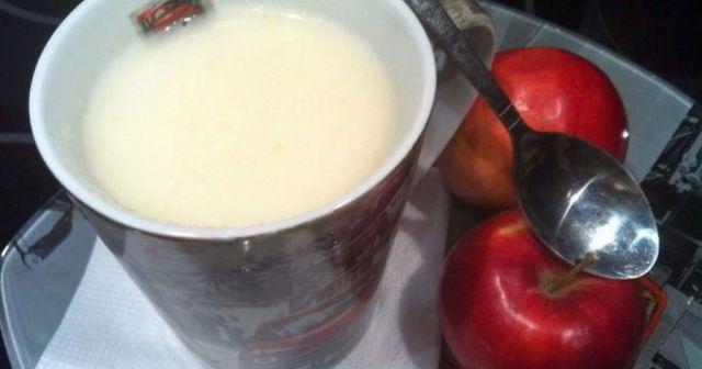 Яблочный кисель с молоком