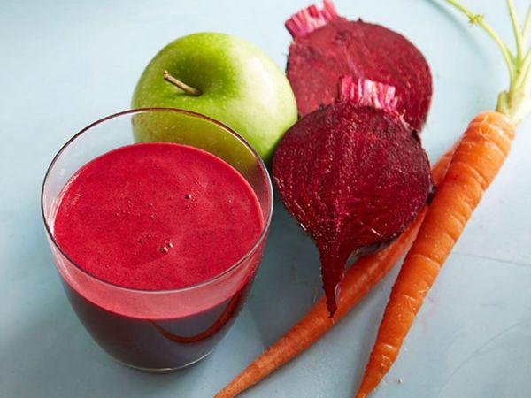 Смузи из яблока, свеклы и моркови