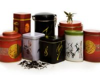Чай в жестяных банках